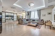 Роскошная двухуровневая квартира 270 кв.м Москва